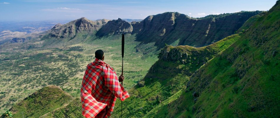 the great rift valley The great rift valley stretching from northern syria to mozambique, the great rift valley is a 6,000-kilometre trench in the earth and one of the planet's most.